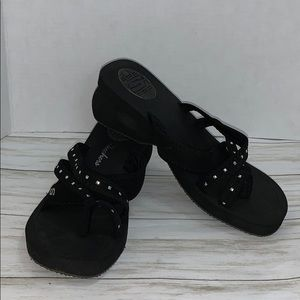 Sz  11 Skechers  Gleamers Thong Sandal